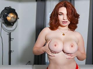 Busty Girl Plays Thither Her Bush