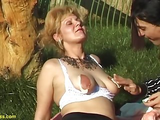 Mature Gets A Broad in the beam Dick In Nature