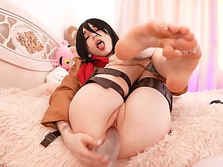 Mikasa Ackerman pussy play and squirts. Karneli Bandi