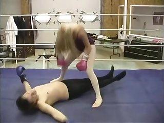 Mixed Boxing KO by sister