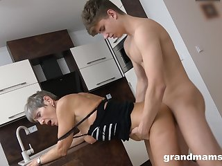 Tight mature feels young man's entire dick fucking the brush hard